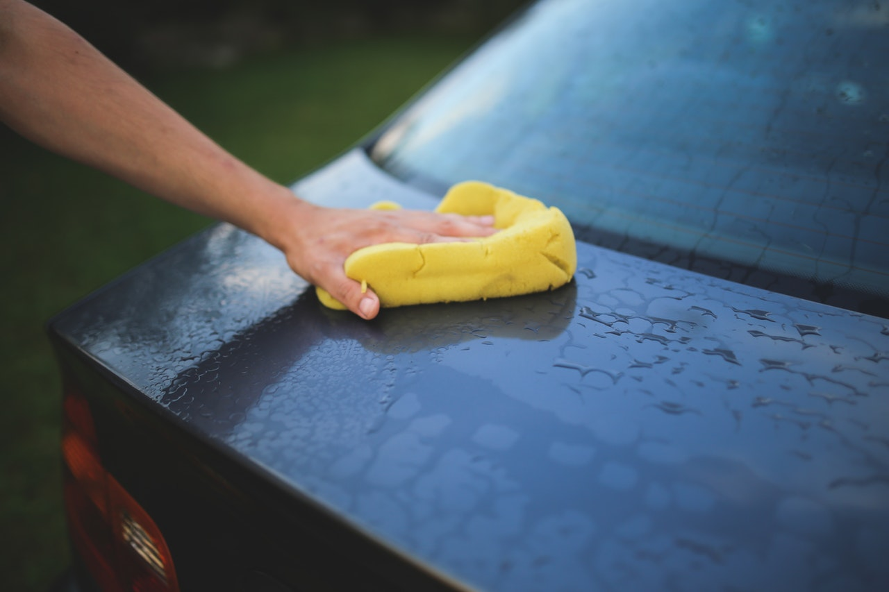 Hur tvättar man bilen?