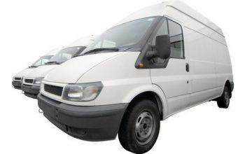 Inreda servicebil för motorsport